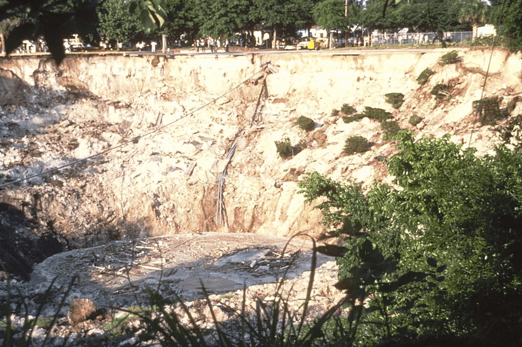 Winter Park Sinkhole - November, 1981